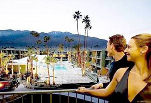 palm springs visitors enjoying their holiday view